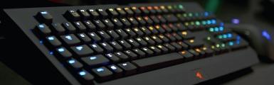 雷蛇(Razer)BlackWidow Chroma 黑寡妇蜘蛛幻彩版 机械键盘
